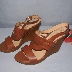 Sole Society Platform Wedge Sandals NWOB Jenny 11M